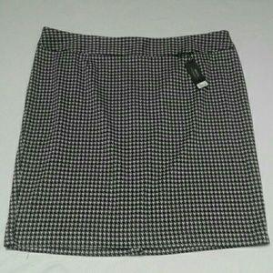 NWT Lane Bryant Ponte Houndstooth Pencil Skirt 22